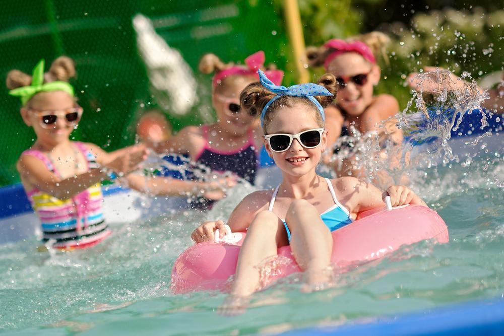 petreceri copii piscina